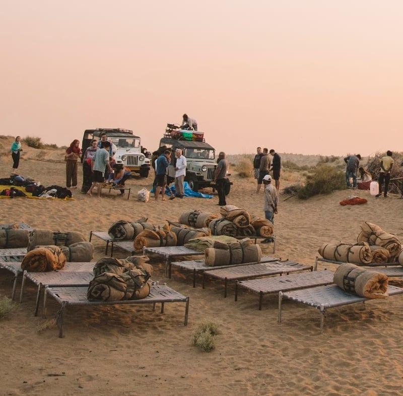 Group desert trek, Jaisalmer