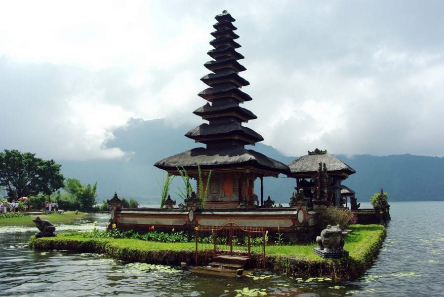 backpacking in Indonesia