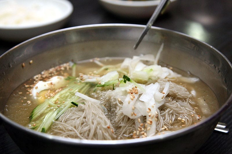 naengmyeon korean food