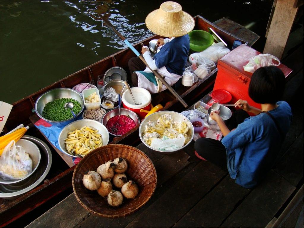 Eat at floating market in Bangkok